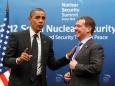 Медведев в последний раз как президент встретился с Обамой. Тот уже думает о Путине