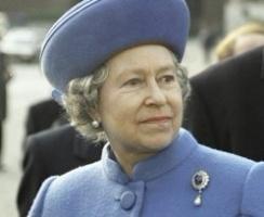 Под диктатурой английской королевы