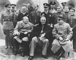 Англия и Франция собирались бомбить СССР в 1940г.