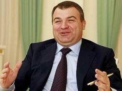 Васильева просит разрешить ей жить с Сердюковым