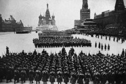Мог ли СССР завалить Третий рейх солдатскими трупами?