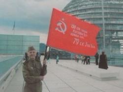 Свои – забыли. Штурмовавшего Рейхстаг в Германии чтут больше, чем в России