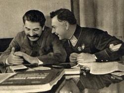 Сталин смеется над врунами