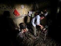 Сколько китайцев живет в пещерах?