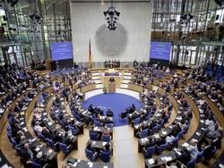 Правительство Германии ополчилось против Меркель