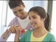 Детская ультразвуковая зубная щетка: информация для родителей