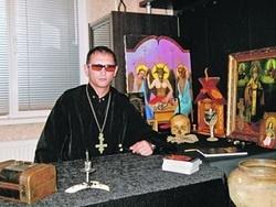 На Украине открывают церкви сатанистов