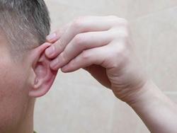 Как я в поликлинике лечил ухо и что из этого вышло