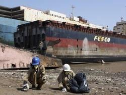 Куда попадают гигантские корабли после смерти?