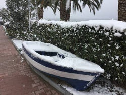 В Греции небывалые сибирские морозы...
