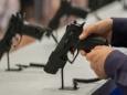 Что происходит с оружейной индустрией США