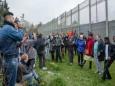 Беженцев в Германии принимают всё чаще