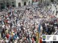 Жители Львова требуют убрать с улиц мусор