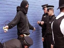 Англия пасует перед албанской мафией