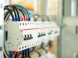 Схема электропроводки — комнатной квартиры