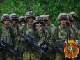 Не могут Беларусь разбомбить, пытаются разрушить