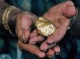 Война между золотом и долларом