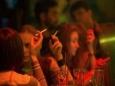 Россияне отказываются от алкоголя и сигарет?