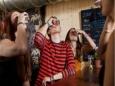 Алкоголь в семье спаивает подростков