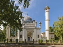За неделю в Германии подожгли несколько мечетей