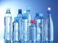 Микропластик обнаружен в образцах бутилированной воды