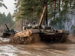 Польша больше верит в советские танки