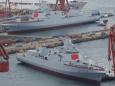В Китае спущены на воду два новых эсминца