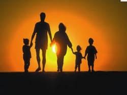 Как уничтожают традиционные иституты семьи