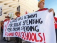 Чего бунтуют американские учителя