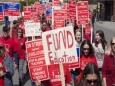 30 тысяч учителей США не вышли на работу