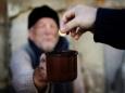 37% россиян живут меньше чем на $10 в день