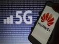 Зачем США уничтожает Huawei
