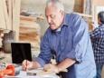 Пожилые американцы усиленно ищут работу