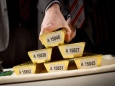 Трамп требует вернуть золотой доллар