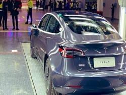 Завод Tesla в Китае освоил серийный выпуск Model 3