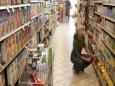 Как супермаркеты заставляют нас покупать лишнее