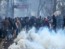 Тысячи мигрантов устремились в Европу