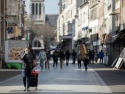 Парижская полиция не в состоянии обеспечить соблюдение карантина