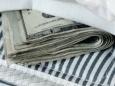 На что американцы тратят антикризисные деньги
