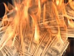 Обвал рынка нефти может привести к банкротству 533 американских компаний