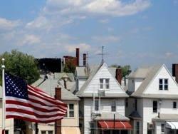 Почти половина американцев обдумывает продажу своих домов