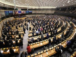 Евродепутаты провоцируют в Минске военный переворот
