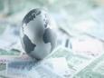 В тени коронавируса мир стоит у порога валютной войны