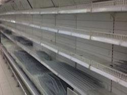 В России начались перебои с поставками сахара и масла