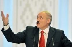 """Лукашенко запретил правительству заниматься """"шарлатанством"""" по вопросам, где """"конь не валялся"""""""
