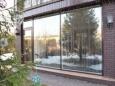 Об установке окон. Стоит ли ставить панорамные окна на даче или частном доме?