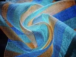 Создана «умная» ткань, способная превращать обычную одежду в огромный экран