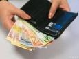 Что в Беларуси изменится с октября в приеме наличных денег